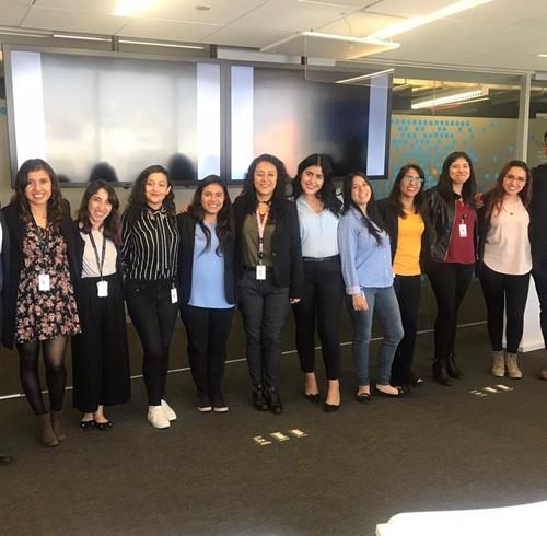 Mujeres STEM, el programa que busca al nuevo talento de AT&T
