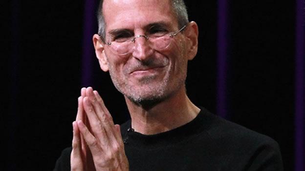 Steve Jobs deja de ser CEO de Apple